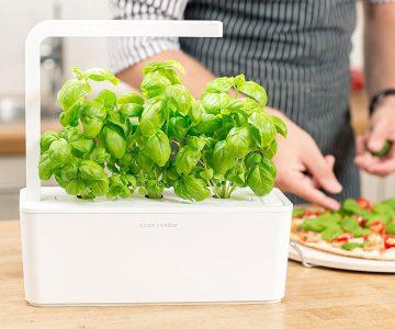 Click & Grow Smart Herb Garden