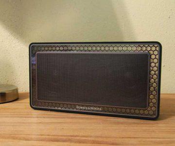 B&W T7 Portable Bluetooth Speaker