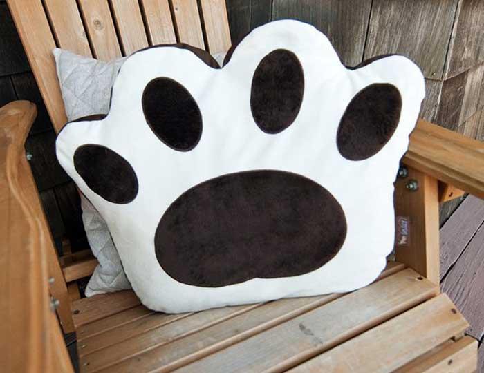 Big Foot Pet Pillow Bed