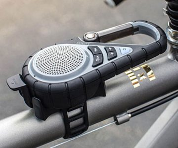 Clip-on Outdoor Speaker