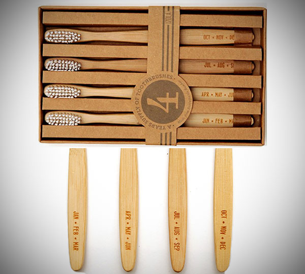 Months Toothbrush Set