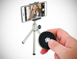 Bluetooth Shutter Button for Smartphones