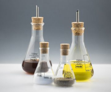 Chemistry Oil and Vinegar Set