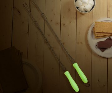 Glow In The Dark Marshmallow Roasting Sticks