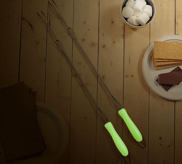Glow In The Dark Marshmallow Roasting Sticks