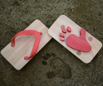 Ashiato Animal Print Beach Sandals
