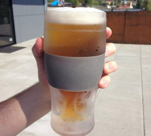 Freeze Cooling Beer Pint Glass