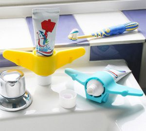 Plane Toothpaste Holder