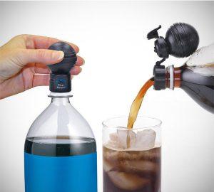 Soda Bottle Fresh Fizz Keeper Pump & Pour