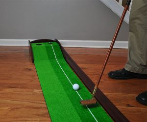 Indoor Wooden Golf Putting System