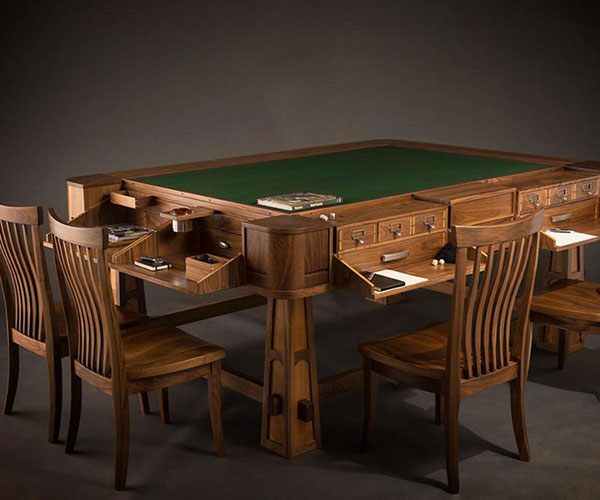 Sultan Gaming Table by Geek Chic