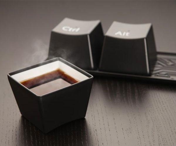 Keyboard keys Ctrl-Alt-Delete Cup Set
