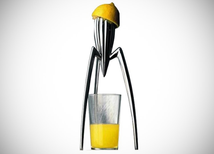 juicy salif citrus squeezer juicer cool sh t i buy. Black Bedroom Furniture Sets. Home Design Ideas