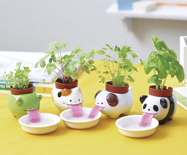 Peropon Slurping Self Watering Animal Planters