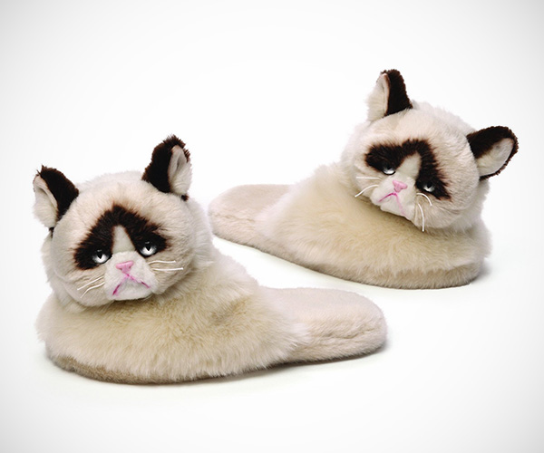Grumpy Cat Plush Slippers