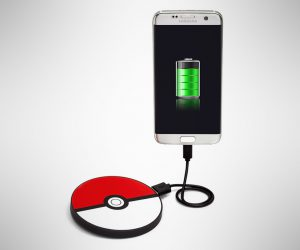 Poke Ball Portable Disc Charger