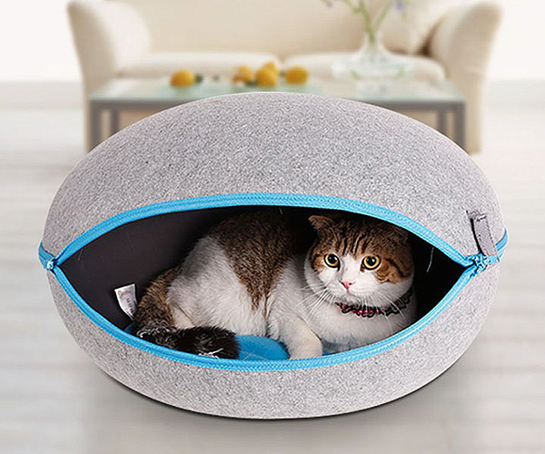 Egg Shape Cozy Caves for Cats & Dogs