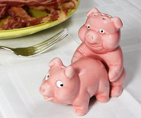 Naughty Pigs Salt and Pepper Shaker