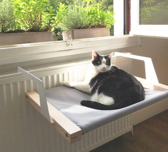Woozy Pet Hammock For Cats & Dogs