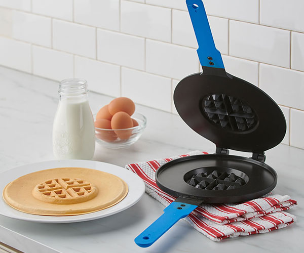2-in-1 Pancake and Waffle Maker