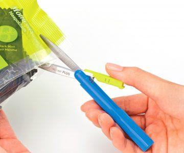 Pen Style Compact Twiggy Scissors